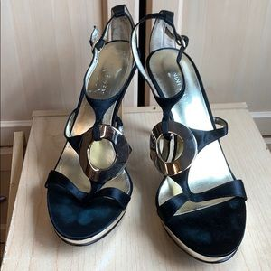 Women's Nine West Black and Gold Heels